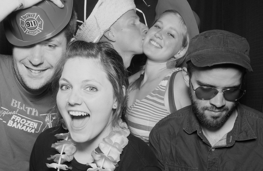 Snapfuze uses DSLR cameras for the highest quality photo booth images
